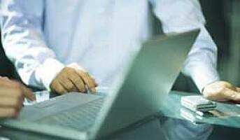Kan vi sjekke e-post til ansatte som er i oppsigelsestid?