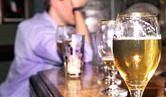 Har du en kollega med et alkoholproblem?