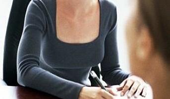 Kvinner med kvinnelig sjef sliter mest