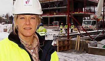 Rekordmange kvinner til tøff byggebransje