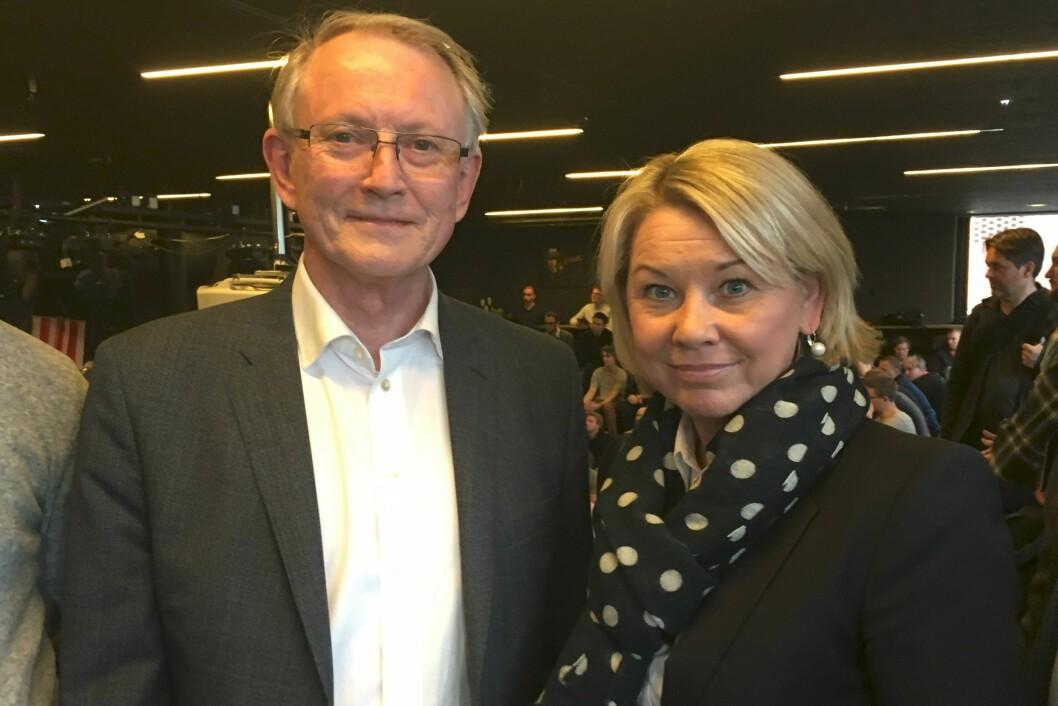 Arvid Hallén og Monica Mæland ønsker at flere masterstudenter blir gründere.
