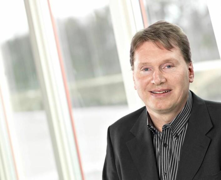 Karl-Johan Blank, Julas eier og konsernsjef.