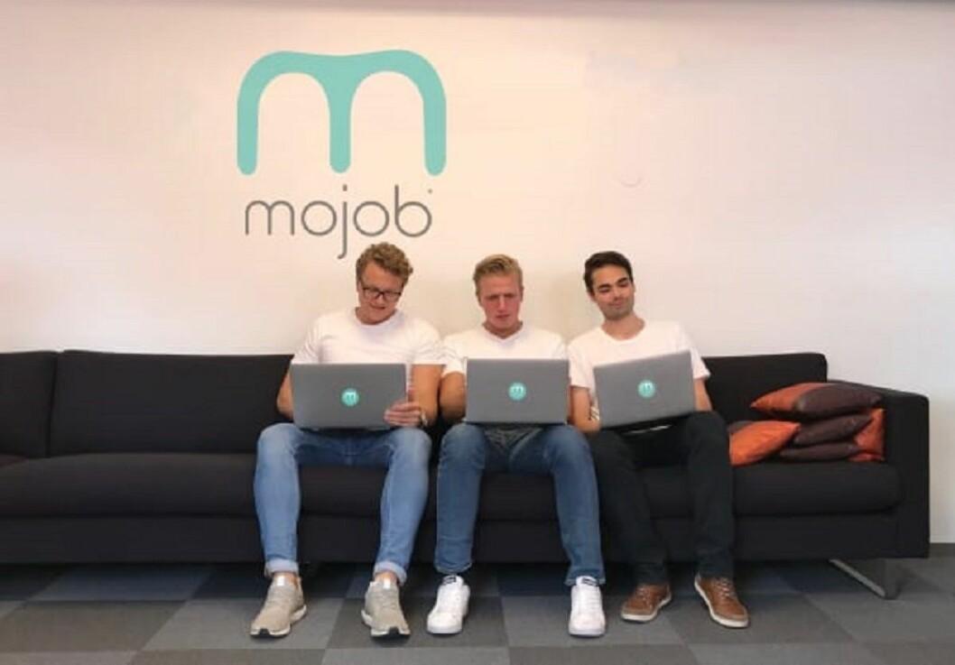 Daglig Leder Tobias Nervik i midten, sammen med utviklerne Jørgen Nyborg og Brage Staven.
