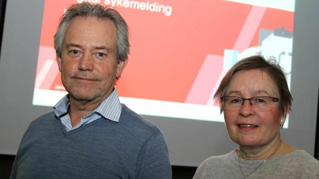 Wenche Weium Smeby og Jan Sigmund Eriksen i NAV Arbeidslivssenter Hedmark. (Foto: Jan Tveita)