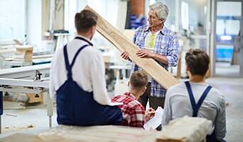 Tror at eldre arbeidstakere er mindre produktive