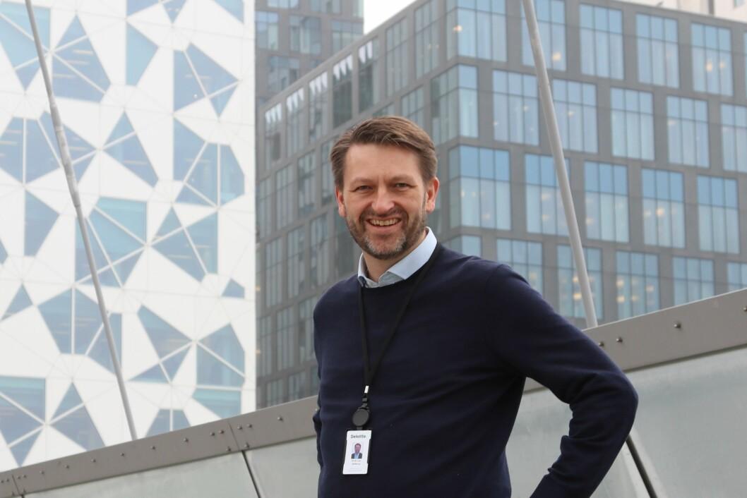 Eirik Lae Solberg har begynt i ny jobb som Director i Monitor Deloitte