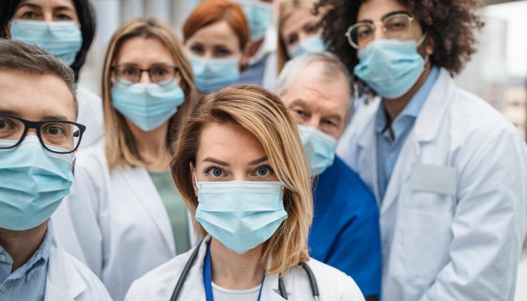 Leger og andre personer som jobber innenfor helsesektoren er helt åpenbart i gruppen over kritiske samfunnsfunksjoner. Nå har regjeringen laget en liste med funksjoner som må få spesialbehandling.