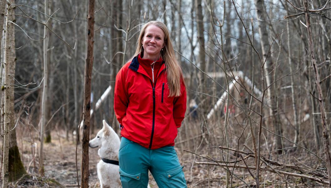 - Naturen har en god effekt på de fleste av oss, så det å bruke litt tid på å være ute i naturen i disse tider, det er ikke så dumt, sier psykologspesialist Maren Østvold Lindheim ved Rikshospitalet.