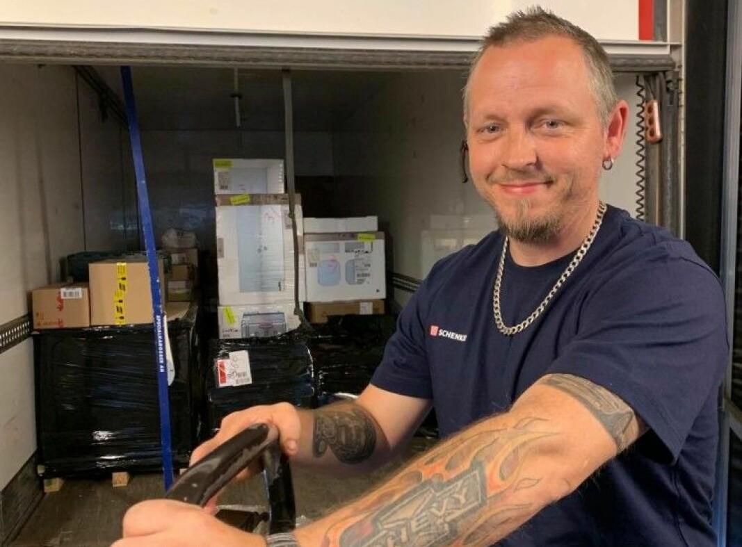 Arbeidsgiveren DB Schenker mener yrkessjåførene i Norge fortjener mye mer oppmerksomhet for sin oppofrende innsats i forbindelse med koronakrisen.