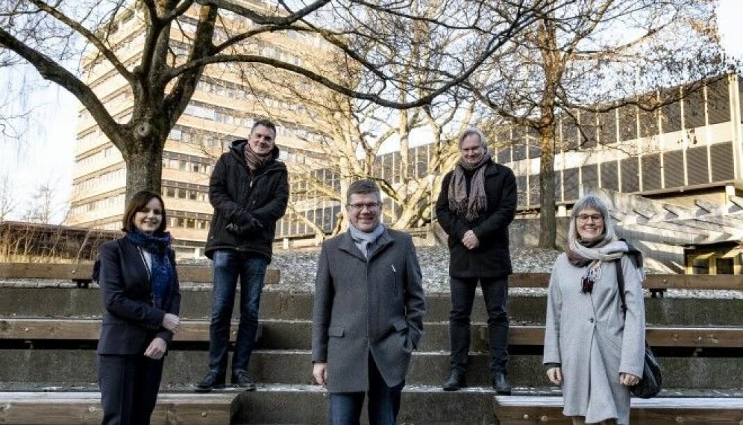 Fra venstre: Åse Gornitzka, Bjørn Stensaker, Svein Stølen, Per Morten Sandset og Mette Halskov Hansen.