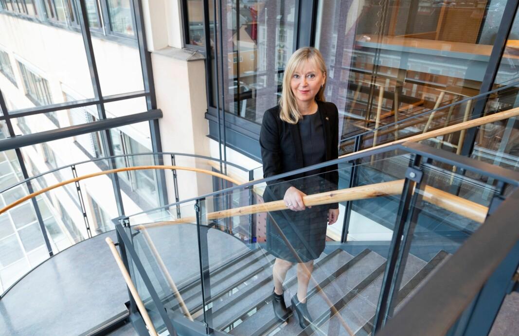 – Det er viktig at arbeidsgiver følger opp sine ansatte, også når de jobber hjemmefra. Da kan arbeidsgiver og arbeidstaker sammen finne gode løsninger, sier direktør i Arbeidstilsynet, Trude Vollheim.